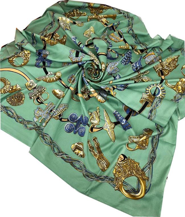 a3ab96c85e3d Шелковый платок HERMES зеленый 7105 в интернет магазине monbabiole.ru в  Москве