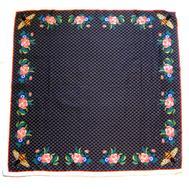 Шелковый женский платок Gucci с пчелкой черный 6038