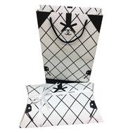 Комплект пакет и подарочная коробка Chanel белый