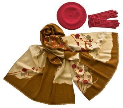 Комплект (берет, палантин, перчатки) Tranini 49010