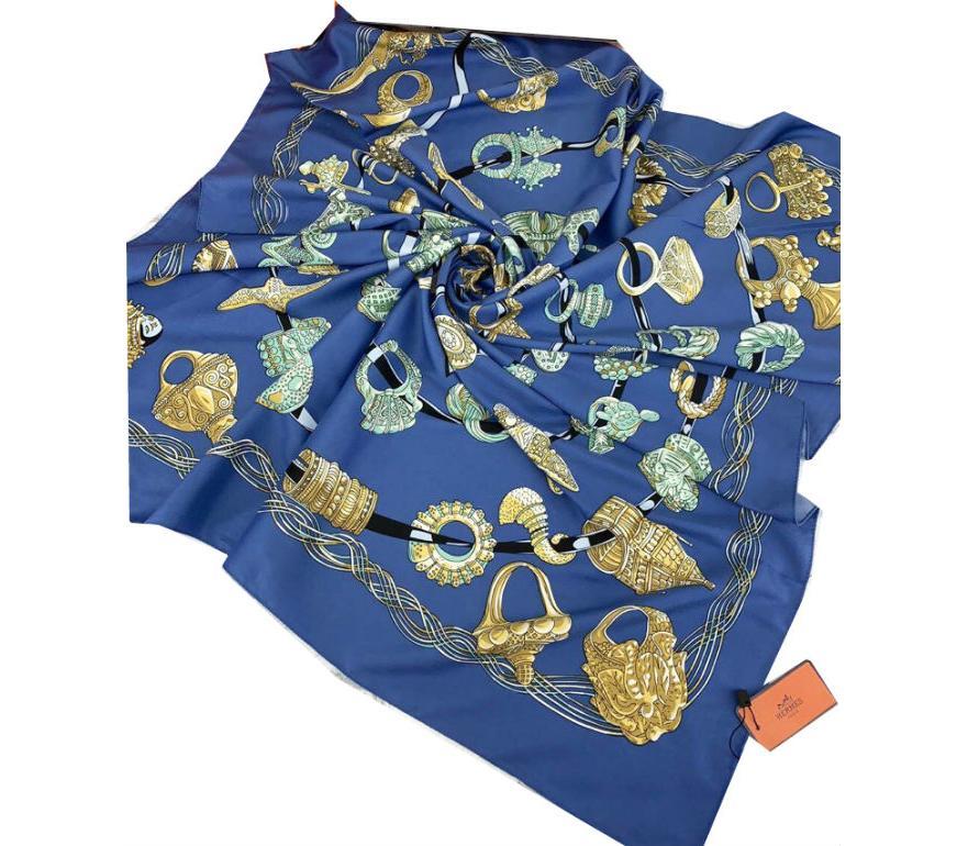 56d9e7ca3bd7 Шелковый платок HERMES синий 7107 в интернет магазине monbabiole.ru ...